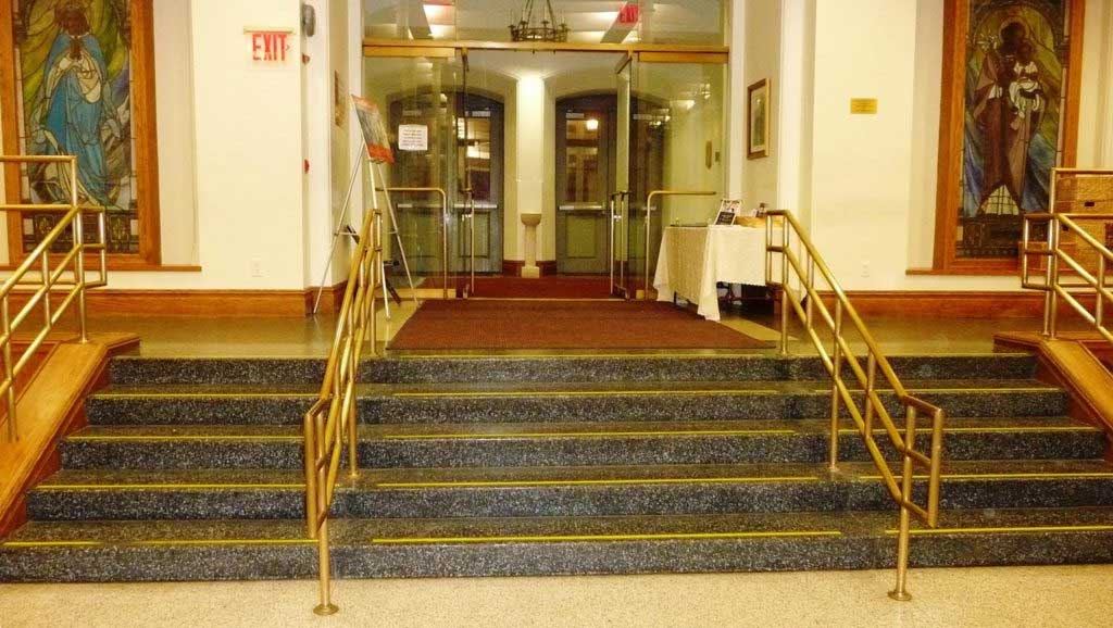 loyola-church-form-a-tread-instal